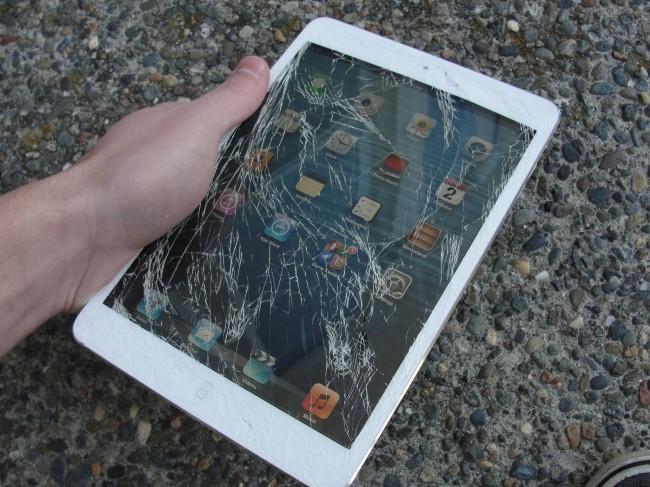 сломался iPad Mini
